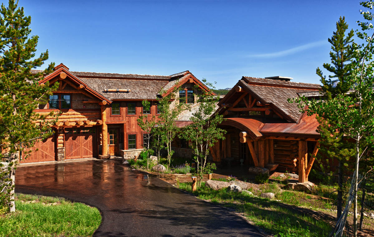 Custom big sky log homes and luxury log cabins for Country mountain homes